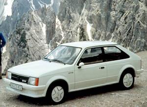 19893-1984 opel kadett gt-e 3 door front
